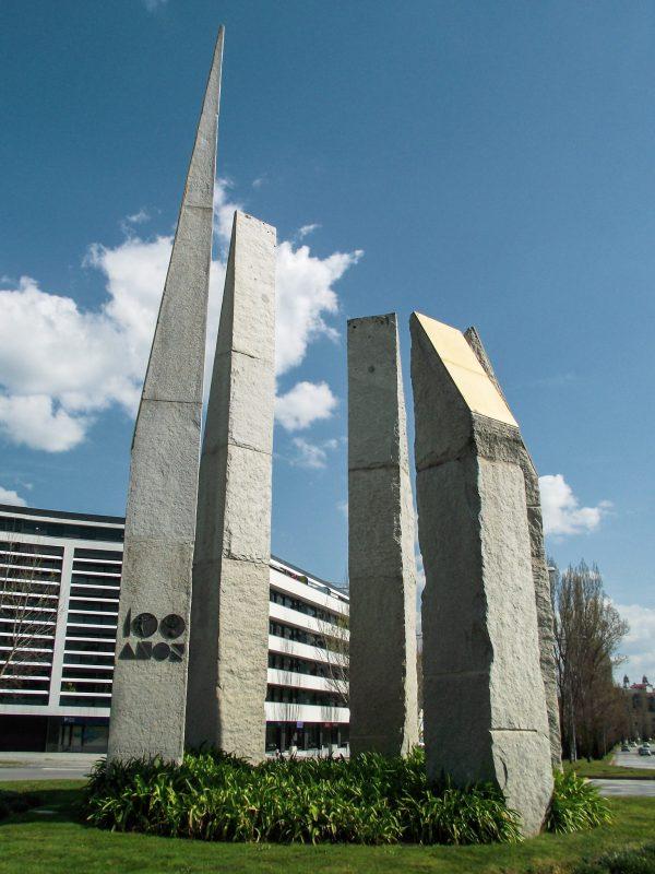 Monumento aos 100 Anos da Associação Comercial do Distrito de Viseu